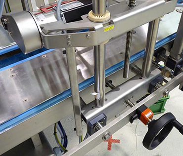 drylin® linear systems in labelling machines